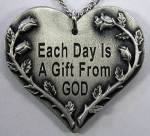 Each Day is a Gift from GOD-Roses Pendant
