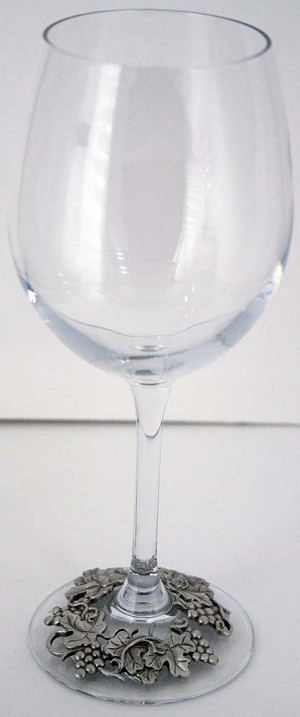 Grapes Stemmed Wine Glass